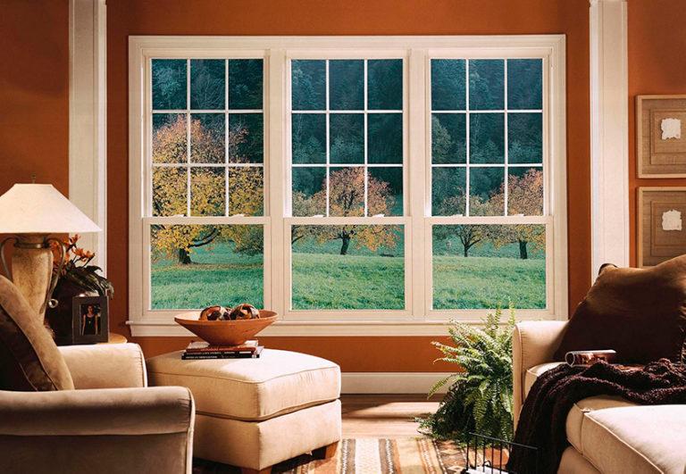 картинка окна с декоративной раскладкой киров