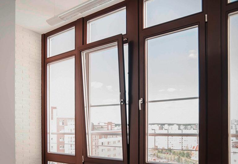 картинка окна коричневого цвета